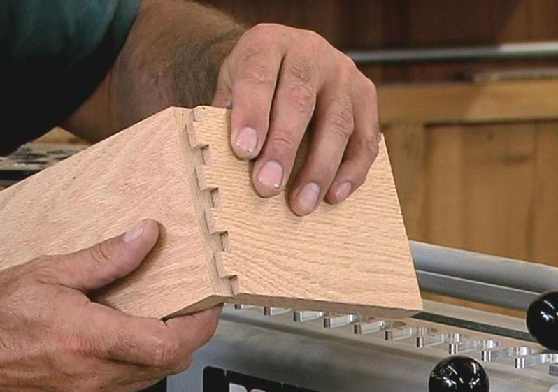 ساخت اتصالات دم چلچله ای برای کابینت چوبی